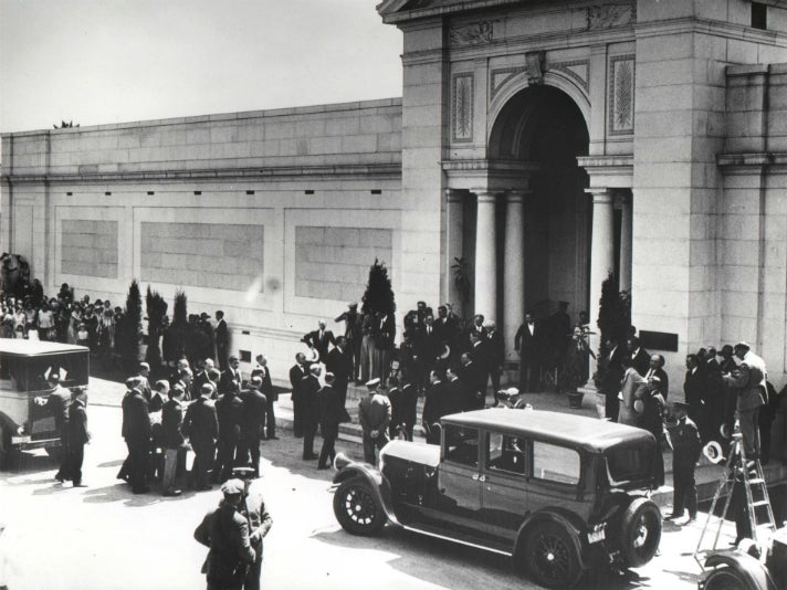 Rudolph Valentino's funeral at Hollywood Forever