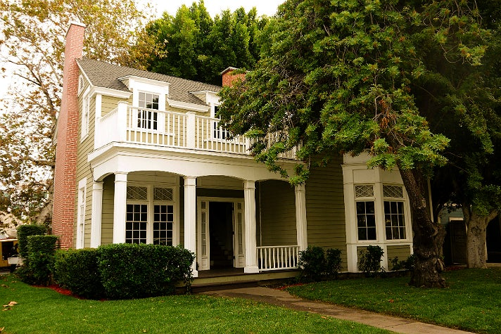 "Emily Fields house in ""Pretty Little Liars"" at Warner Bros. Studio"